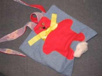 Веселая подушка с красным зайцем. Мастер-класс