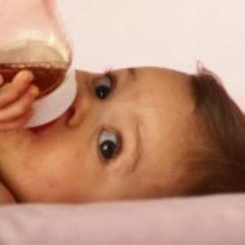 Зачем грудничку нужен сок?