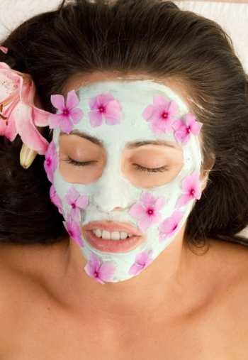 Недорогие домашние маски для жирной кожи лица